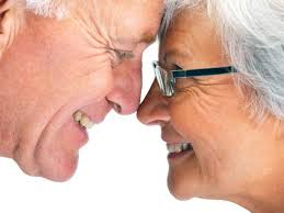 Photo: Les retraités ont droit à des prothèses préférentielles